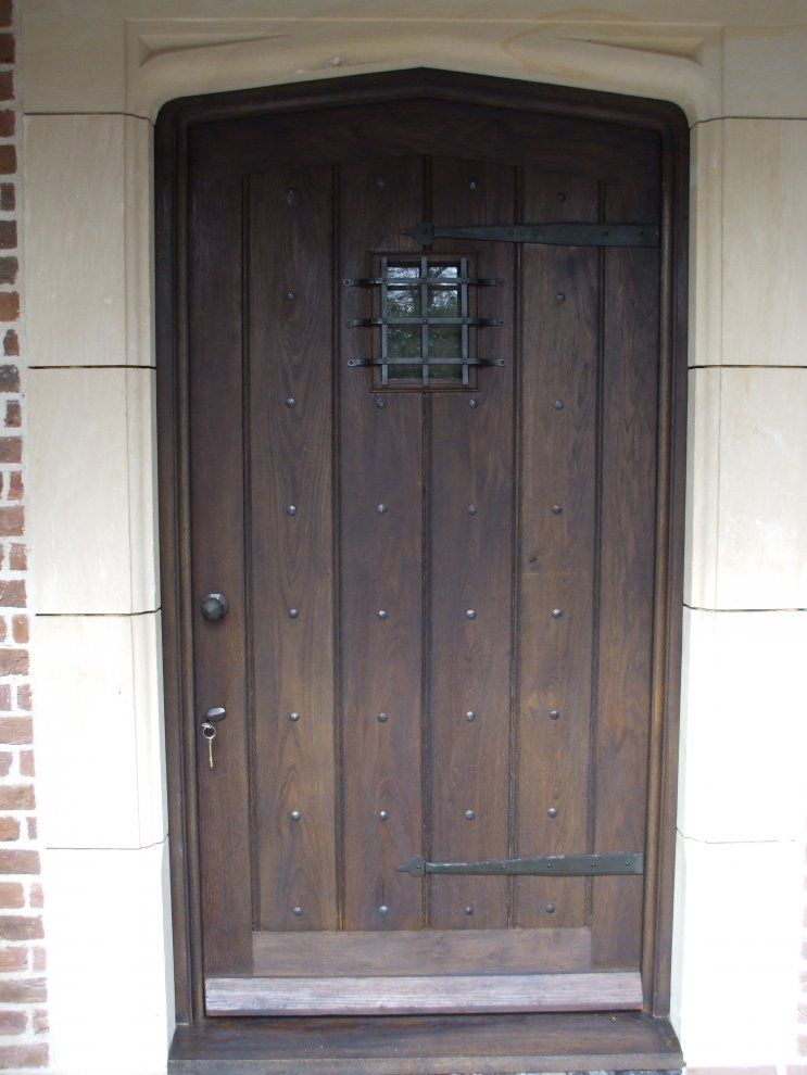 Solid Oak Gothic Top Door And Frame With Small Window And Handmade Iron  Furniture