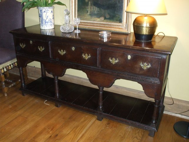 18th century low dresser with pot boarded base