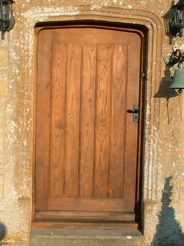 Oak exterior doors distinctive country furniture limited for Oak front doors