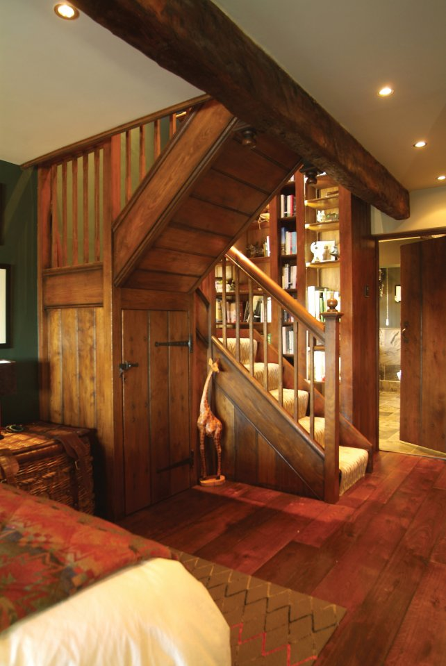 simple oak staircase